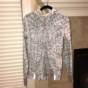 Lululemon pullover light jacket
